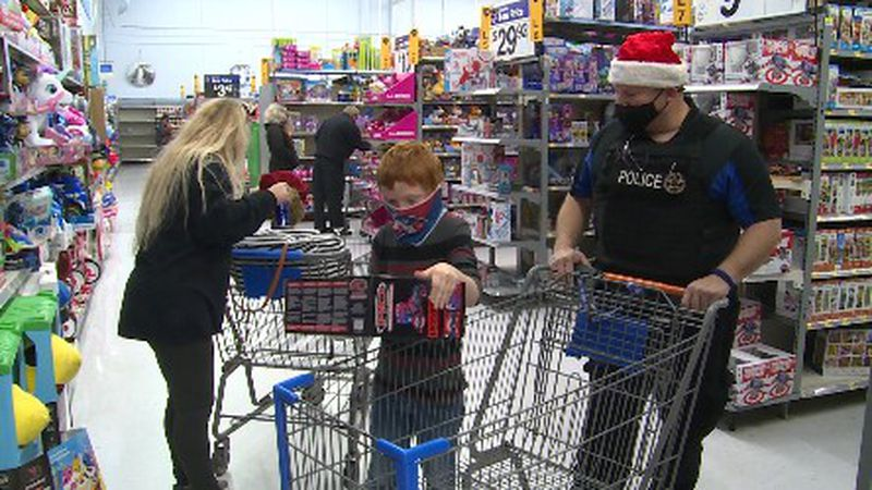 Southmayd police continue tradition of Shop with a Cop despite challenge of raising funds in...
