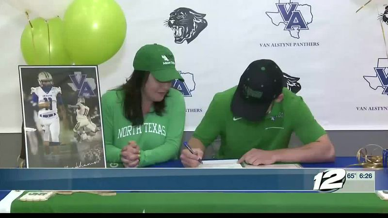 Van Alstyne's Aaron Beckham signs with UNT