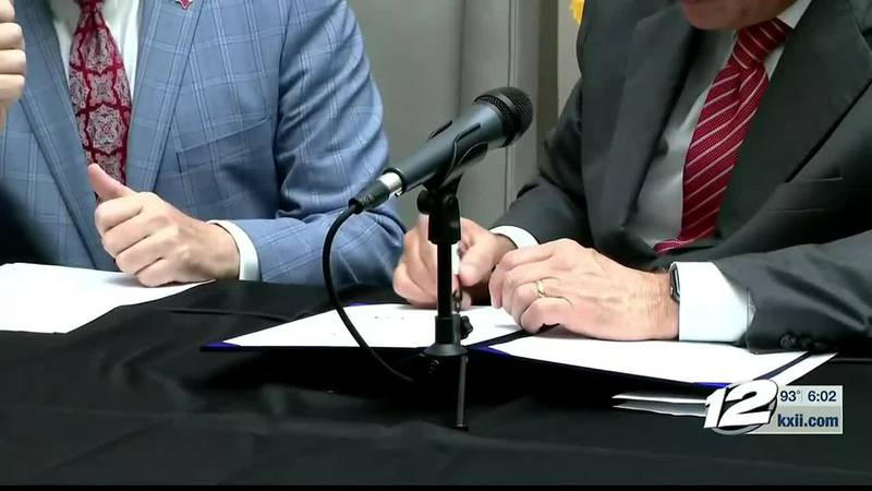 Tuesday, Texas Governor Gregg Abbott signed a bill into law imposing new voter requirements for...