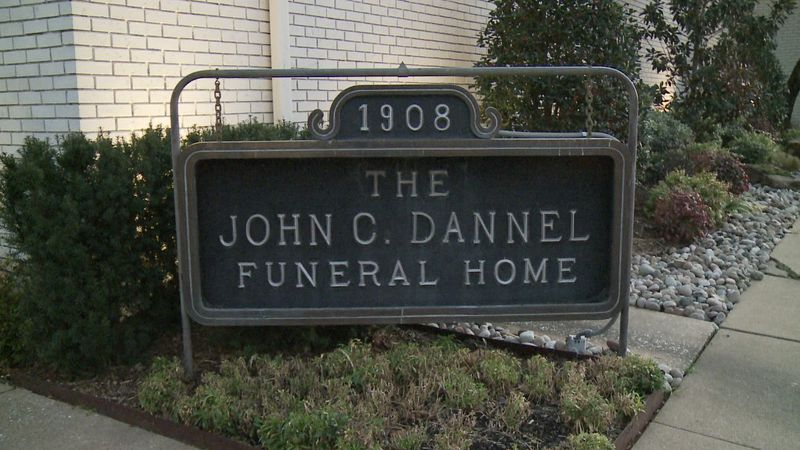 With COVID-19 death rates rising, local funeral homes become busier than ever