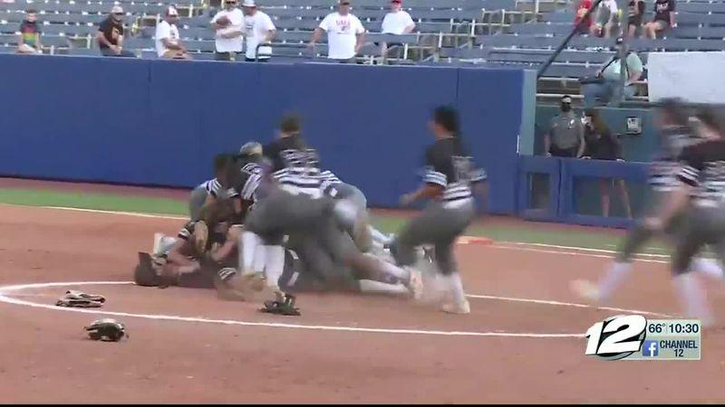 Latta wins 2A softball state championship