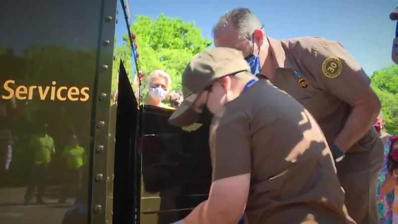 The 6-year-old, who has battled leukemia since 2017, has loved mail and delivery drivers since...