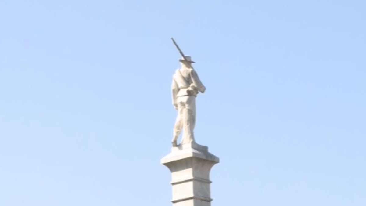 Gainesville City Council voted unanimously on Tuesday to remove a Confederate monument from a public park in town.