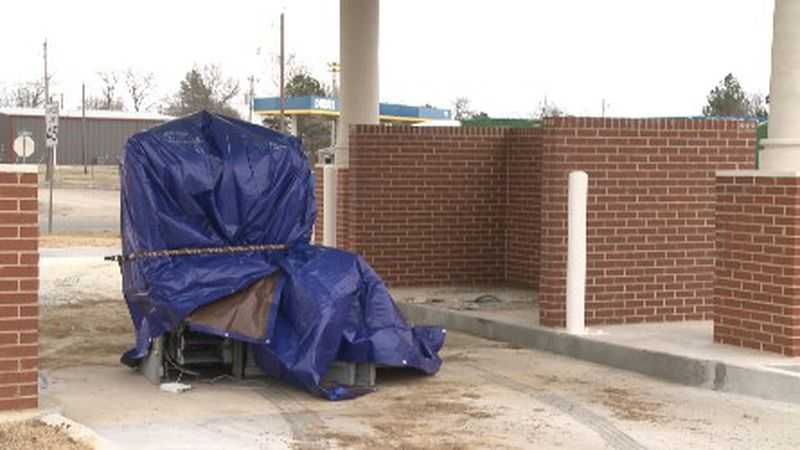 Another Texoma ATM was hit by thieves early this morning. Police believe it's the same suspects.