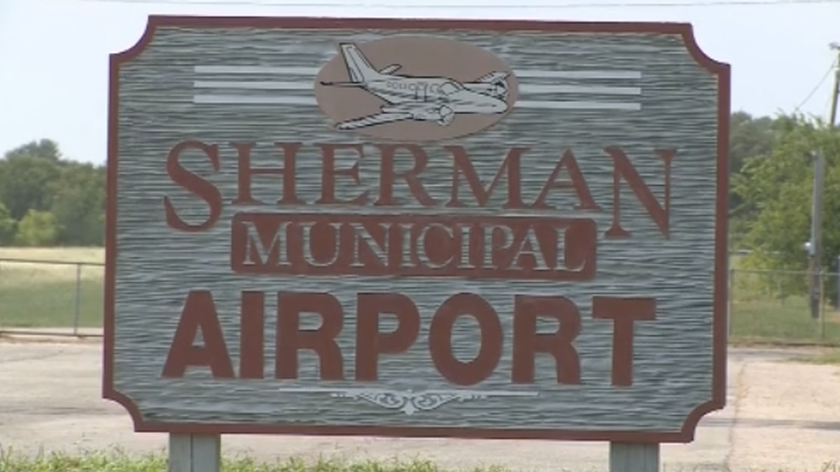Sherman City Council voted on Monday to change regulations at the Sherman Municipal Airport to allow access to a proposed residential development geared toward pilots.