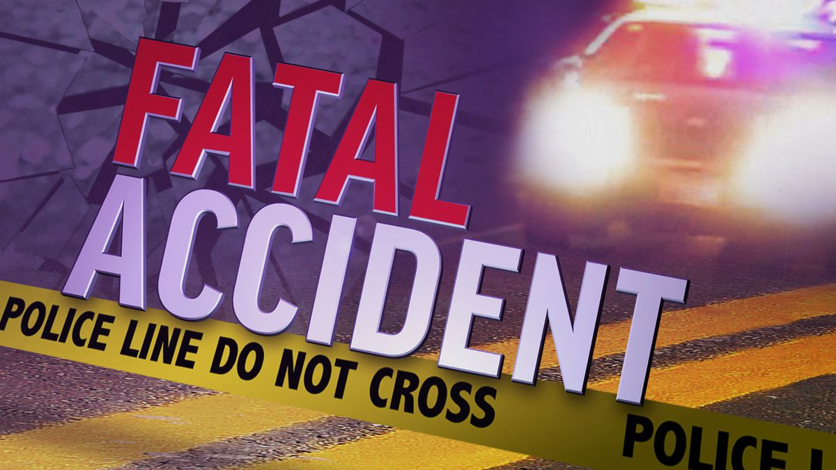 A Red River County man is dead after a crash in Lamar County early Monday morning.