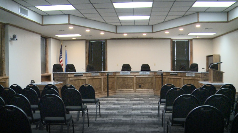 A new mayor and city commissioner were chosen by the remaining city commissioners on Tuesday.
