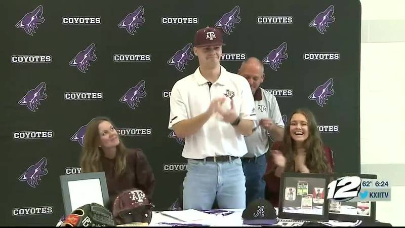 Texoma athletes sign with colleges