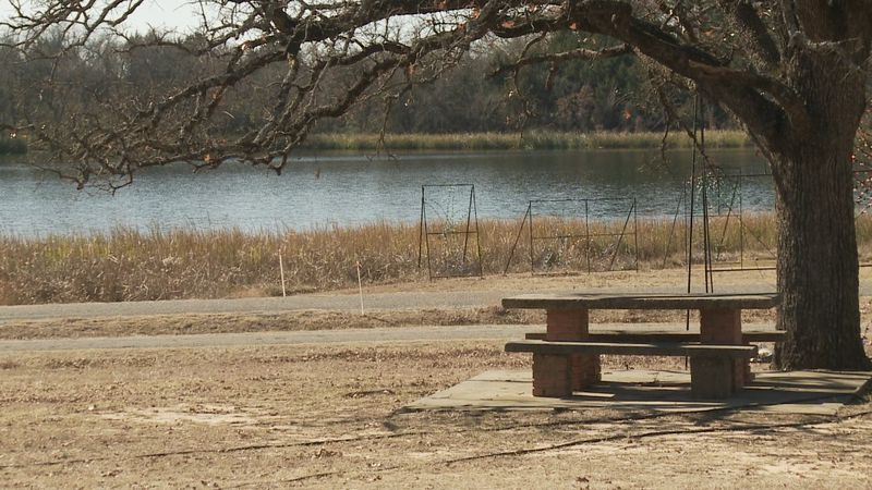 Grayson County commissioners voted Tuesday to give ownership of Loy Lake Park to the city of...
